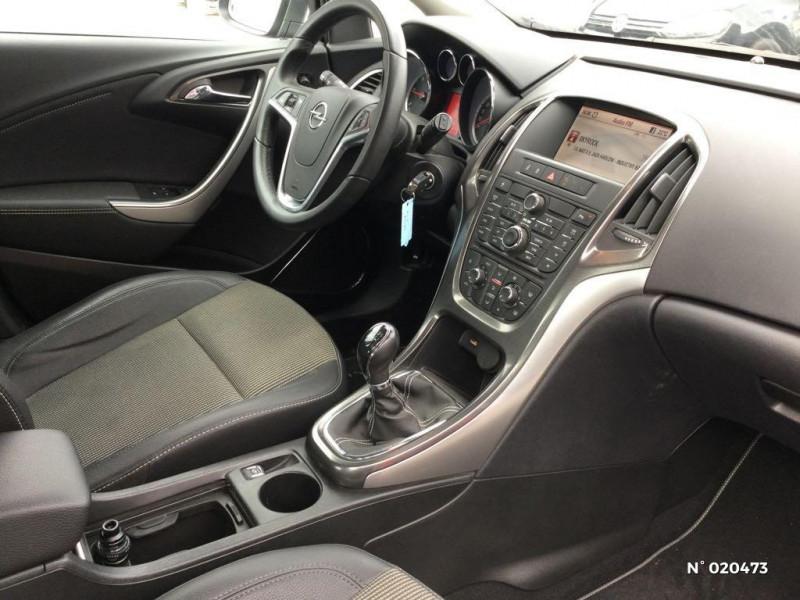 Opel Astra 1.7 CDTI 110ch FAP Cosmo Gris occasion à Saint-Quentin - photo n°4