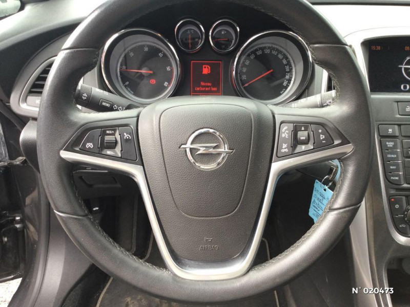 Opel Astra 1.7 CDTI 110ch FAP Cosmo Gris occasion à Saint-Quentin - photo n°12