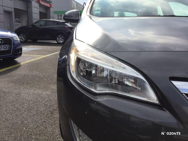 Opel Astra 1.7 CDTI 110ch FAP Cosmo Gris occasion à Saint-Quentin - photo n°16