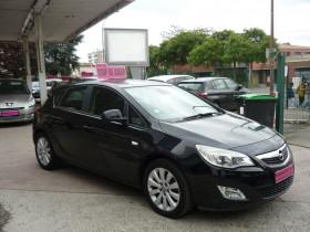 Opel Astra 1.7 CDTI110 FAP ENJOY Noir occasion à Toulouse - photo n°2