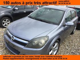 Opel Astra Bleu, garage VOITURE PAS CHERE RHONE ALPES à Saint-Bonnet-de-Mure