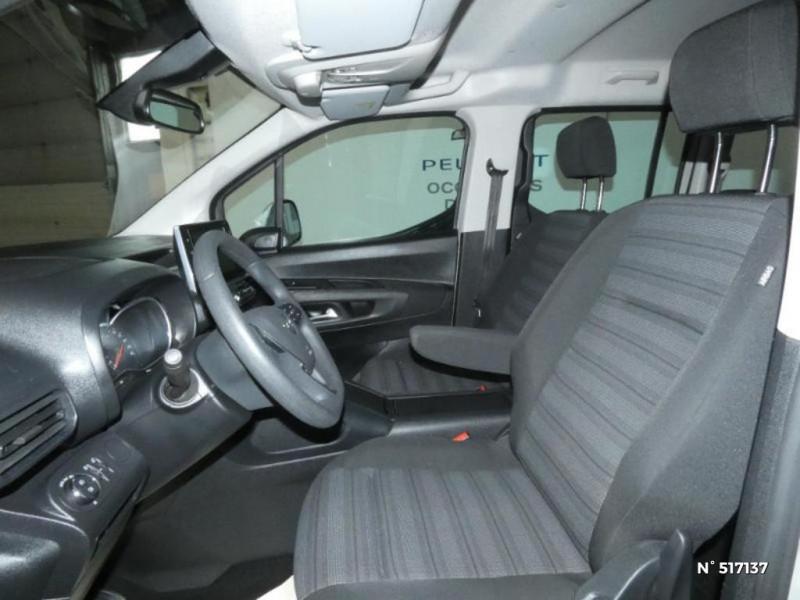 Opel Combo L1H1 1.2 110ch S&S Enjoy Gris occasion à Brie-Comte-Robert - photo n°6