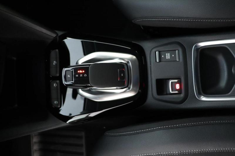 Opel Corsa 1.2 Turbo 100 ch BVA8 Elegance Noir occasion à La Garde - photo n°11