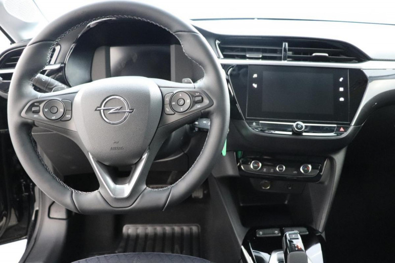 Opel Corsa 1.2 Turbo 100 ch BVA8 Elegance Noir occasion à La Garde - photo n°4