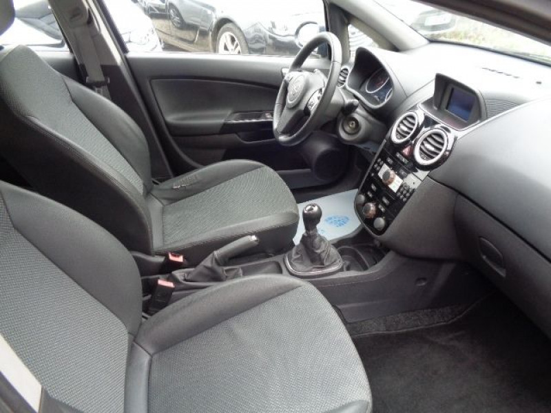 Opel Corsa 1.3 CDTI90 COSMO 5P Bleu occasion à Aucamville - photo n°5