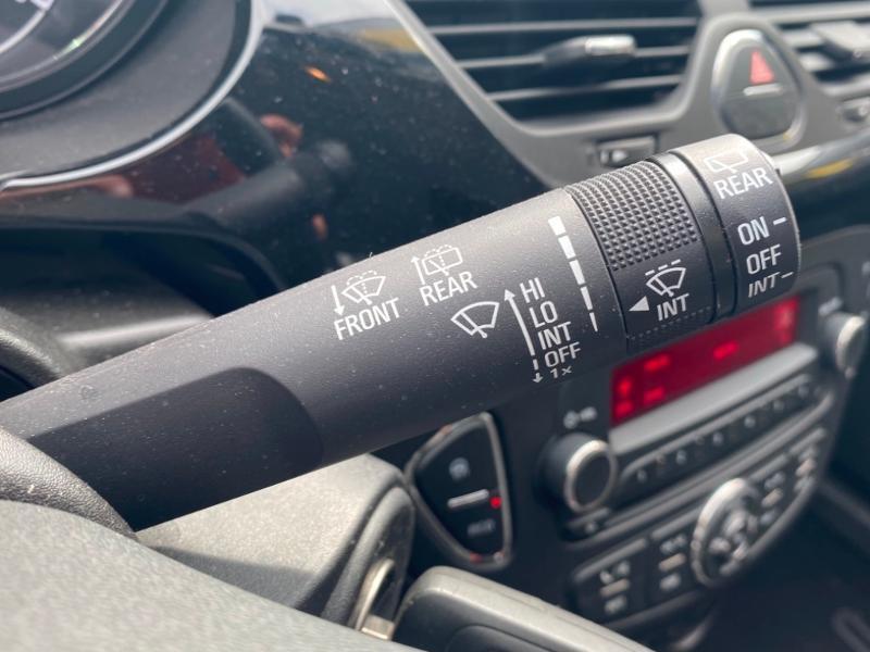 Opel Corsa 1.4 90ch Enjoy Start/Stop 5p Gris occasion à Samoreau - photo n°11