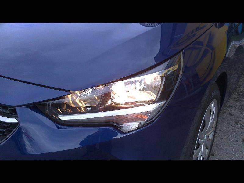 Opel Corsa 1.5 D 100ch Edition Business Bleu occasion à Vert-Saint-Denis - photo n°5