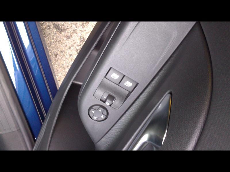 Opel Corsa 1.5 D 100ch Edition Business Bleu occasion à Vert-Saint-Denis - photo n°12