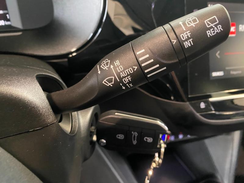 Opel Corsa 1.5 D 100ch Elegance Noir occasion à Lognes - photo n°19