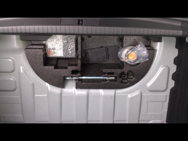 Opel Corsa Edition Business Batterie 100Kw 136cv RAT (2020A) Gris occasion à Vert-Saint-Denis - photo n°13