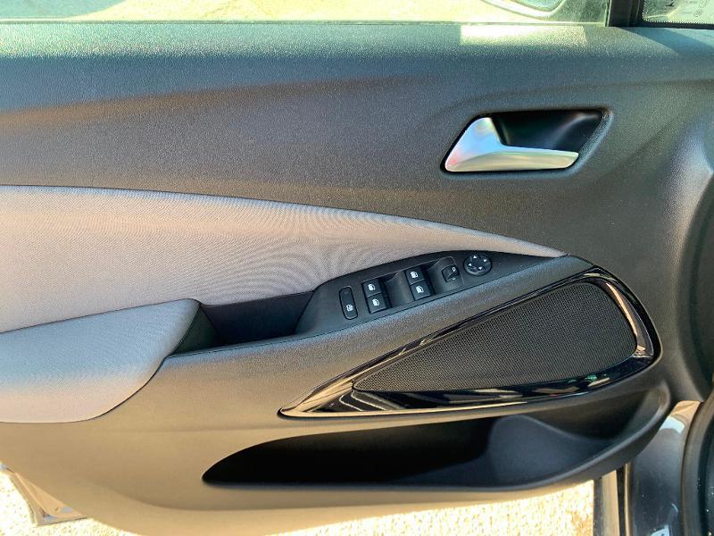 Opel Crossland X 1.2 Turbo 110ch Design 120 ans Euro 6d-T Gris occasion à Auxerre - photo n°13
