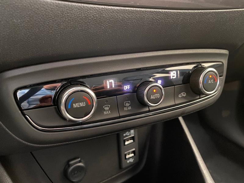 Opel Crossland X 1.2 Turbo 110ch Elegance 6cv Blanc occasion à Meaux - photo n°18