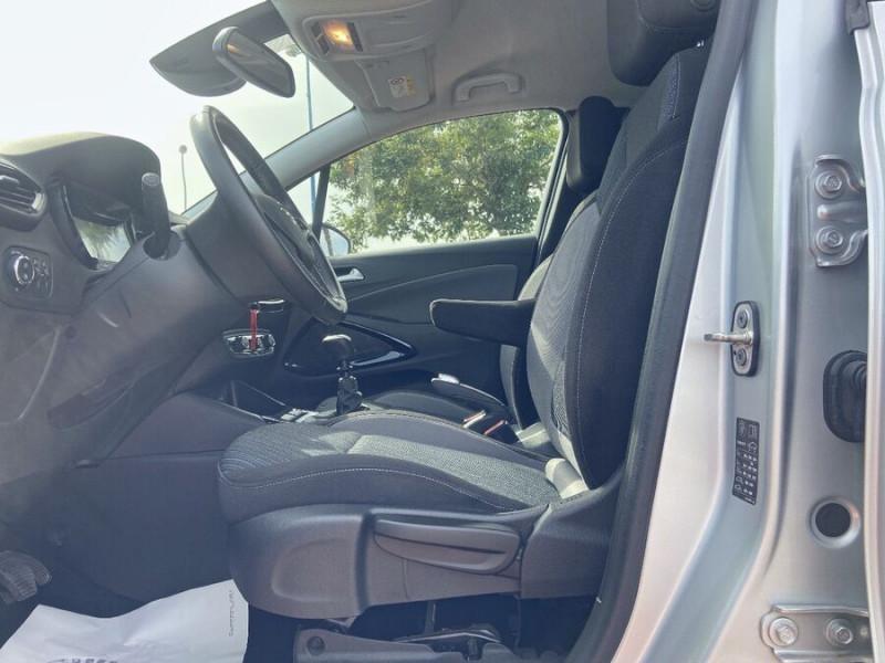 Opel Crossland X 1.5 D 102 BV6 DESIGN 120 ANS GPS Caméra Gris occasion à Montauban - photo n°11