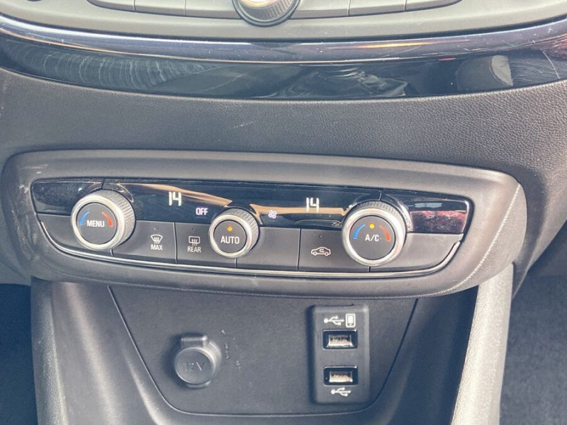 Opel Crossland X 1.5 D 102 BV6 DESIGN 120 ANS GPS Caméra Gris occasion à Montauban - photo n°17