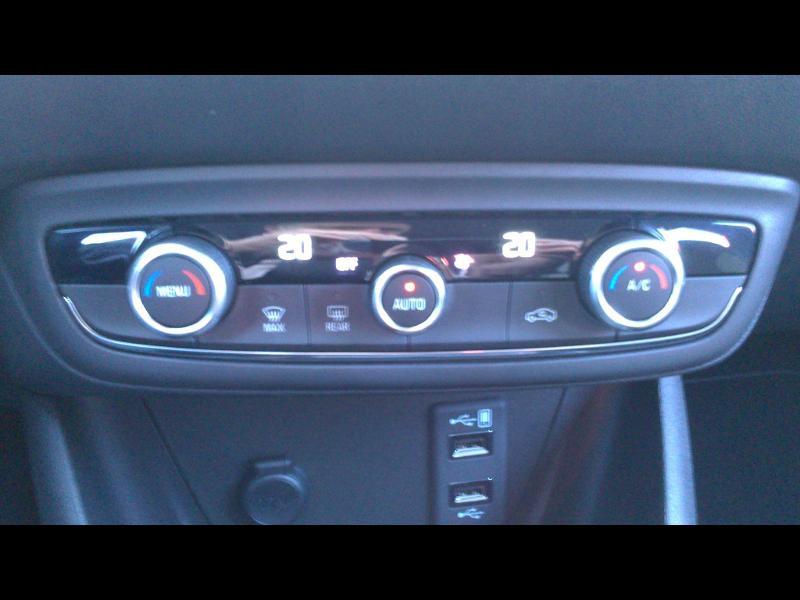 Opel Crossland X ELEGANCE 1.2 Turbo 130ch BVM6 (2020A) Bleu occasion à Vert-Saint-Denis - photo n°17