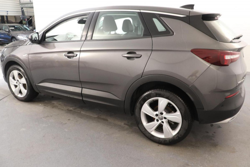Opel Grandland X 1.2 Turbo 130 ch BVA8 Innovation Gris occasion à Aubière - photo n°3
