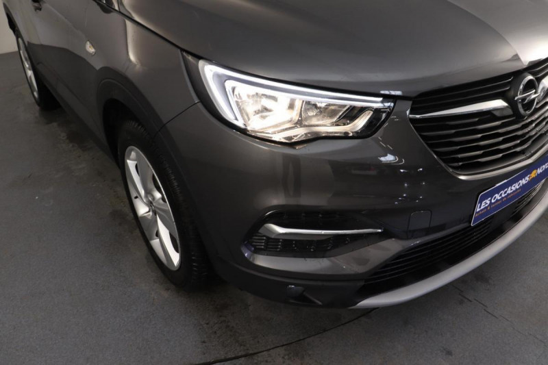 Opel Grandland X 1.2 Turbo 130 ch BVA8 Innovation Gris occasion à Aubière - photo n°9