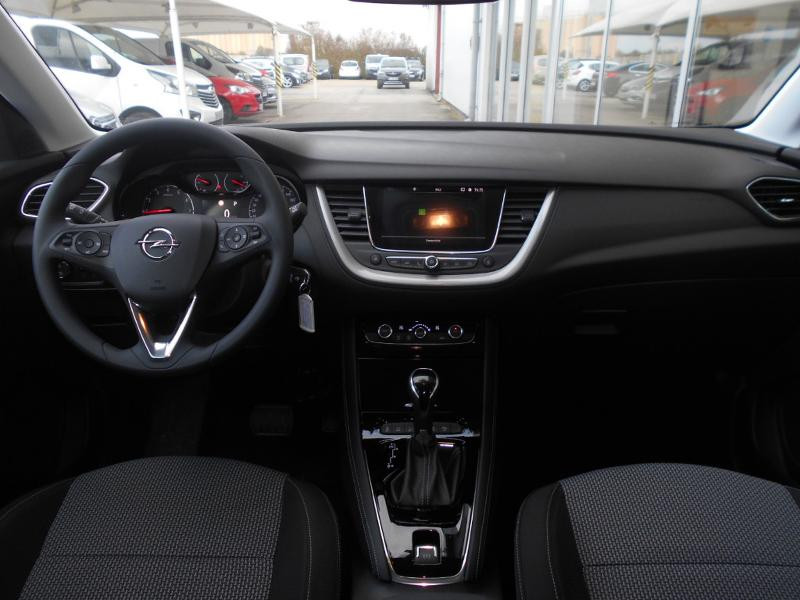 Opel Grandland X 1.2 Turbo 130ch Edition Business BVA Gris occasion à Varennes-sur-Seine - photo n°3