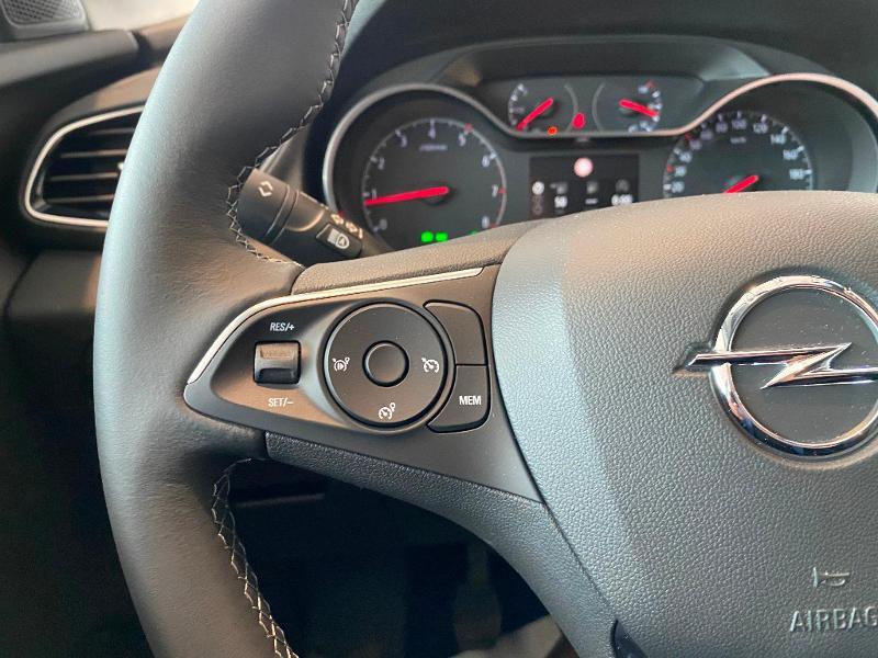 Opel Grandland X 1.2 Turbo 130ch Elite 7cv Gris occasion à Meaux - photo n°12