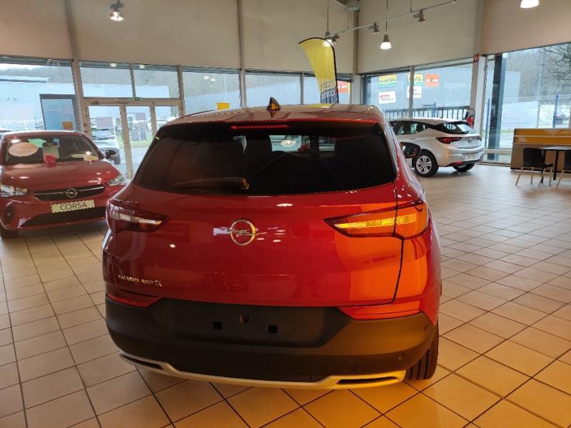 Opel Grandland X 1.2 Turbo 130ch Elite BVA8 7cv Rouge occasion à Samoreau - photo n°7