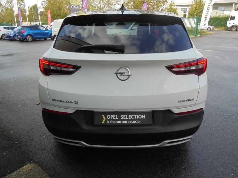 Opel Grandland X 1.5 D 130ch Design Line Blanc occasion à Vert-Saint-Denis - photo n°18