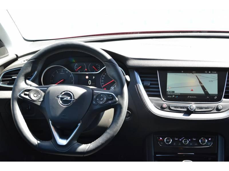 Opel Grandland X 1.5 Diesel 130 ch BVA8 Ultimate Rouge occasion à Toulenne - photo n°7