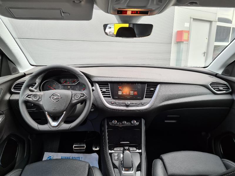 Opel Grandland X Hybrid4 300ch Ultimate Gris occasion à Sens - photo n°10