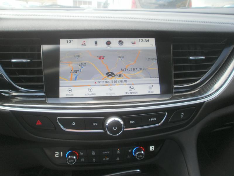 Opel Insignia Grand Sport 2.0 D 170ch Elite AT8 Euro6dT Noir occasion à Auxerre - photo n°15