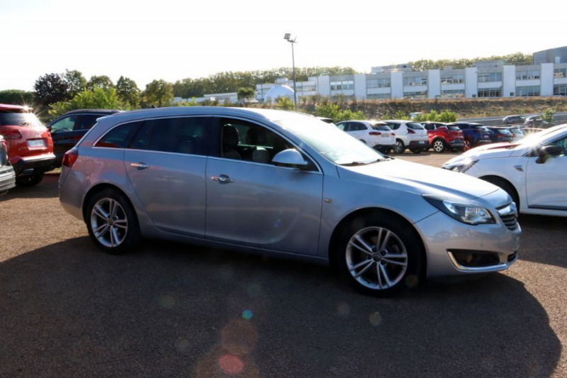 Opel Insignia Sports Tourer 2.0 CDTI 163 BVA COSMO PACK AUTO Gris occasion à Lescure-d'Albigeois - photo n°3