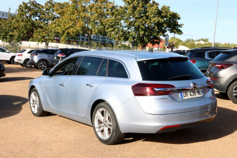 Opel Insignia Sports Tourer 2.0 CDTI 163 BVA COSMO PACK AUTO Gris occasion à Lescure-d'Albigeois - photo n°2