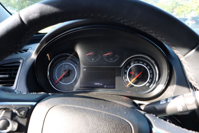Opel Insignia Sports Tourer 2.0 CDTI 163 BVA COSMO PACK AUTO Gris occasion à Lescure-d'Albigeois - photo n°15