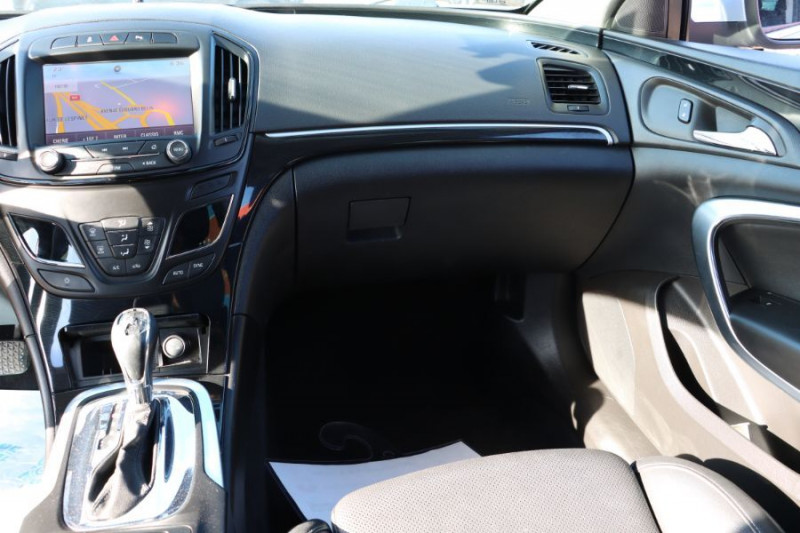 Opel Insignia Sports Tourer 2.0 CDTI 163 BVA COSMO PACK AUTO Gris occasion à Lescure-d'Albigeois - photo n°11