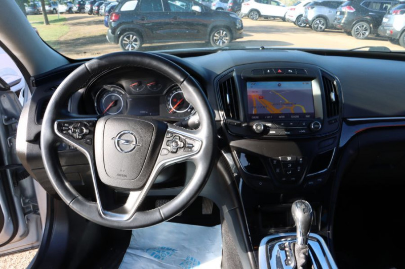 Opel Insignia Sports Tourer 2.0 CDTI 163 BVA COSMO PACK AUTO Gris occasion à Lescure-d'Albigeois - photo n°10