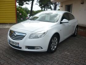 Opel Insignia 2.0 CDTI110 FAP Edition 5p Blanc occasion à Portet-sur-Garonne - photo n°4