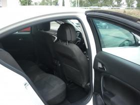 Opel Insignia 2.0 CDTI110 FAP Edition 5p Blanc occasion à Portet-sur-Garonne - photo n°8