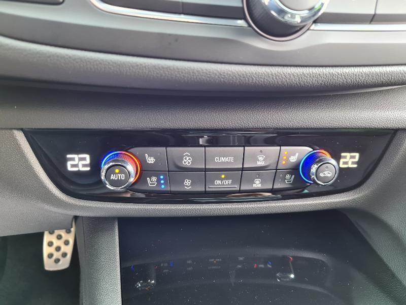 Opel Insignia GS GS-LINE PACK 2.0 Diesel 174ch BVA8 (2021B) Noir occasion à Barberey-Saint-Sulpice - photo n°17