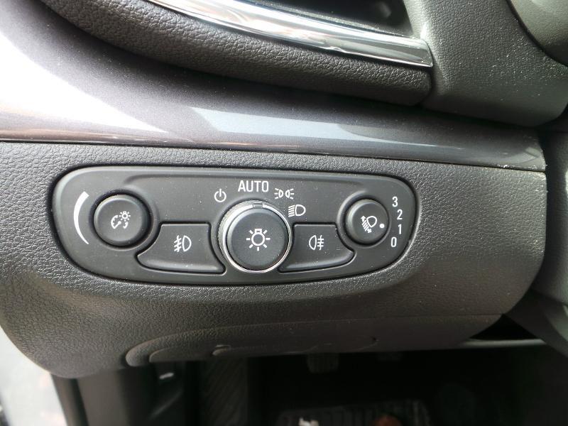Opel Mokka X 1.4 Turbo 140ch Bicarburation Black Edition 4x2 Blanc occasion à Brie-Comte-Robert - photo n°9