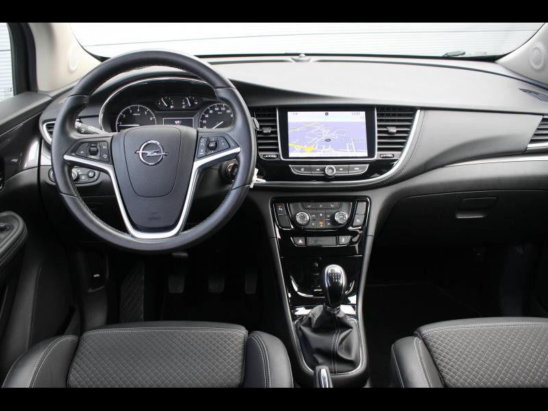 Opel Mokka X 1.4 Turbo 140ch Color Edition 4x2 Blanc occasion à Cerisé - photo n°9