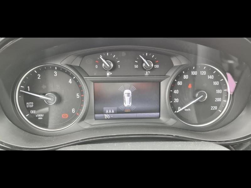 Opel Mokka X 1.6 D 136ch BlueInjection Black Edition 4x2 Gris occasion à Vert-Saint-Denis - photo n°19