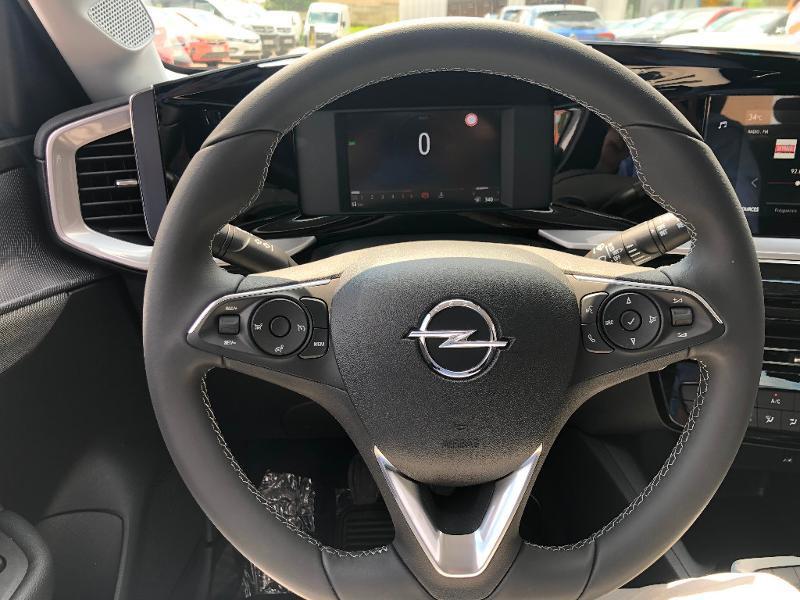Opel Mokka EDITION 5P 1.5 Diesel 110ch BVM6 (2021C) Blanc occasion à Auxerre - photo n°10