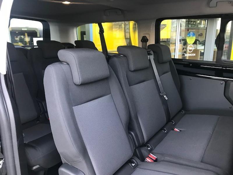 Opel Vivaro combi L3 1.5 D 120ch Standard Noir occasion à Vert-Saint-Denis - photo n°5
