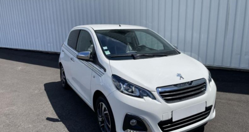 Peugeot 108 1.2 PureTech 82ch BVM5 Collection Blanc occasion à LA GRAND CROIX