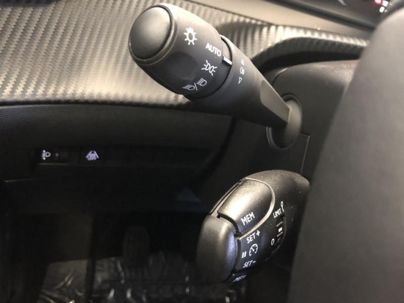 Peugeot 2008 1.2 PURETECH 100CH S&S ACTIVE Gris occasion à FENOUILLET - photo n°19