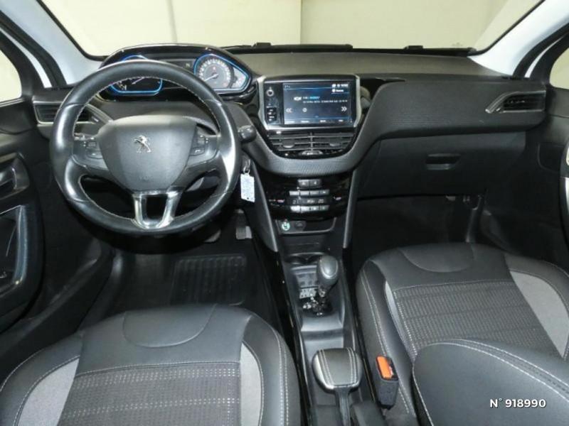 Peugeot 2008 1.2 PureTech 110ch Allure S&S EAT6 Blanc occasion à Cesson - photo n°8