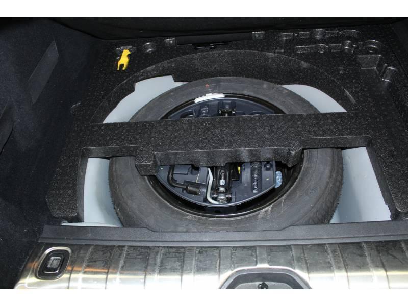Peugeot 2008 1.2 PureTech 110ch S&S BVM5 Allure Gris occasion à Saint-Pierre-du-Mont - photo n°12