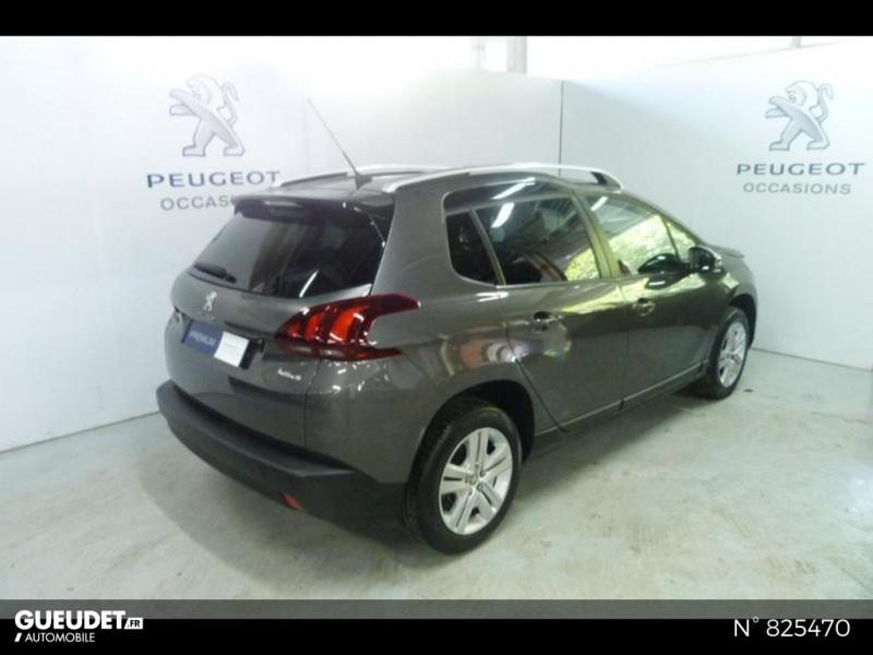 Peugeot 2008 1.2 PureTech 82ch Style Gris occasion à Avon - photo n°19