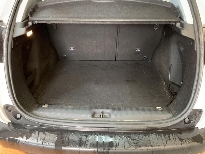 Peugeot 2008 1.2i PureTech 12V 82 CH Style Blanc occasion à Lormont - photo n°14