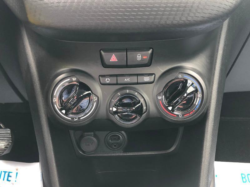 Peugeot 2008 1.6 BlueHDi 100ch Active Business S&S ETG6 Gris occasion à Gien - photo n°15