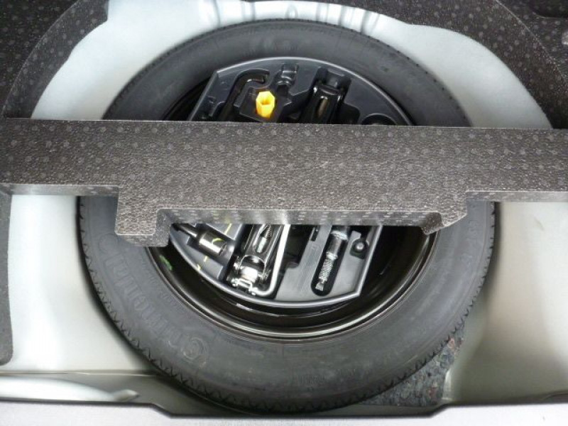 Peugeot 2008 1.6 E-HDI115 FAP ALLURE Noir occasion à TOULOUSE - photo n°13