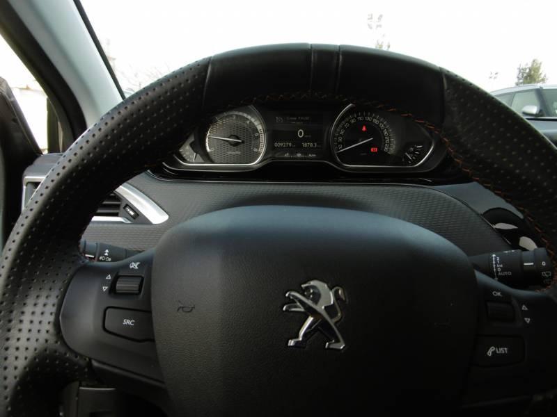 Peugeot 2008 BlueHDi 100ch BVM6 GT Line Gris occasion à Tulle - photo n°9
